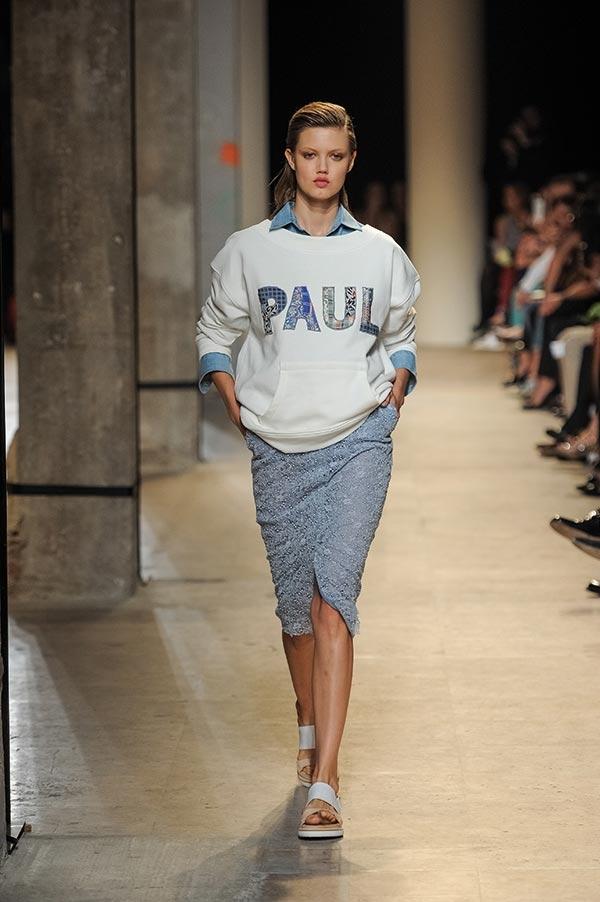 c8cfb3e6e96fe Paul & Joe to powstała 20 lat temu francuska marka odzieżowa, która jest  znana i obecna niemal we wszystkich zakątkach świata.