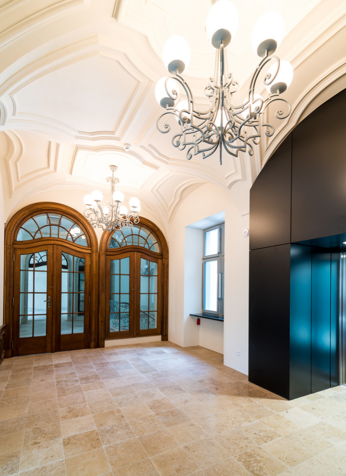 Dominikański_ hall pałacu